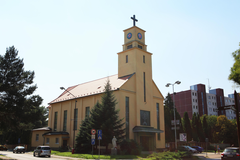 Kostol Božského Srdca Ježišovho v Zlatých Moravciach